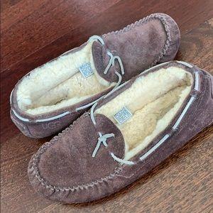 Ugg sz9 slippers